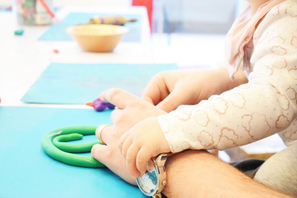 Kinderkunsthaus München Schwabing - Kreativwerkstatt - Ausflüge mit Kind - Kneten 2 - malen basteln diy - Mama Blog München