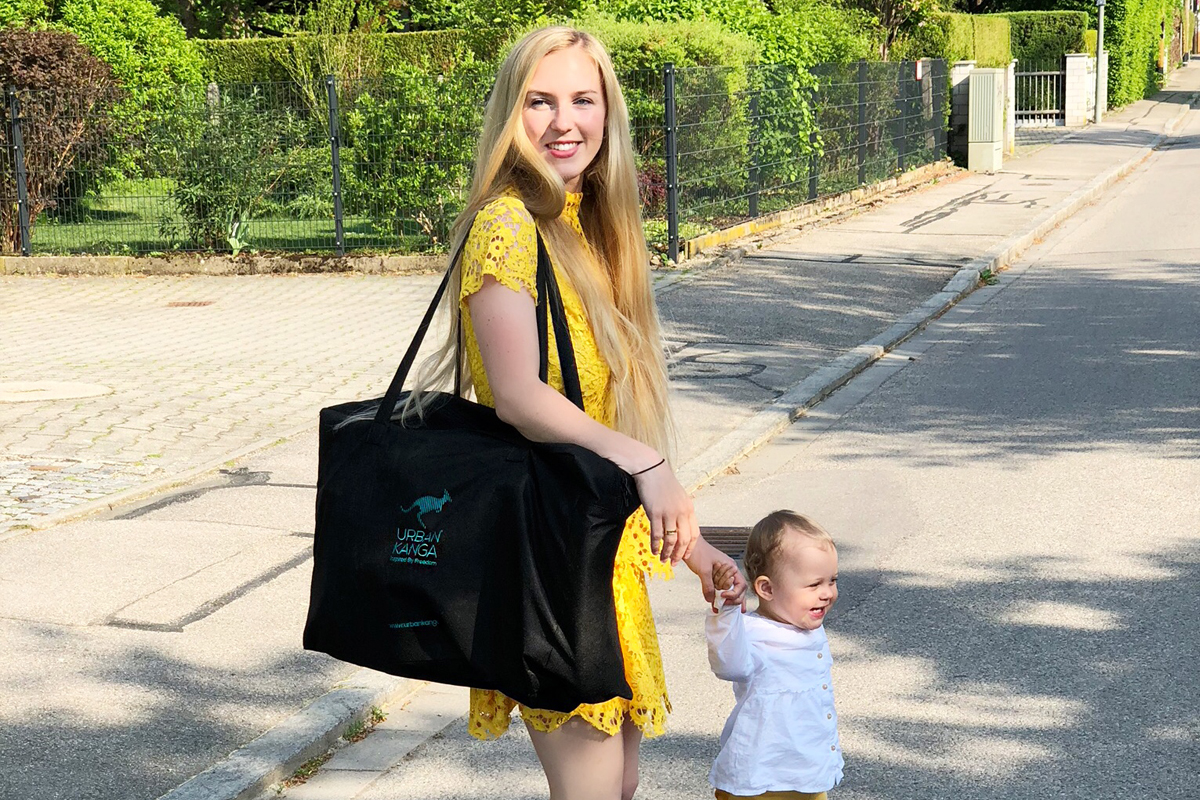 Urban Kanga - Faltbarer tragbarer Autositz für Kinder - Kinderautositz - Mama Blog München 6