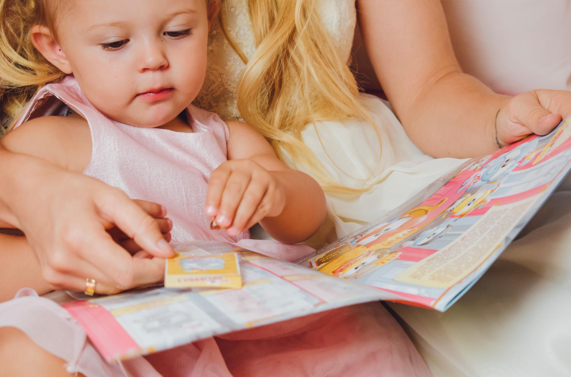 5 Tipps, wie ihr die Lese-Liebe eurer Kinder fördert inkl. gratis Stickeralbum von Hugendubel 2