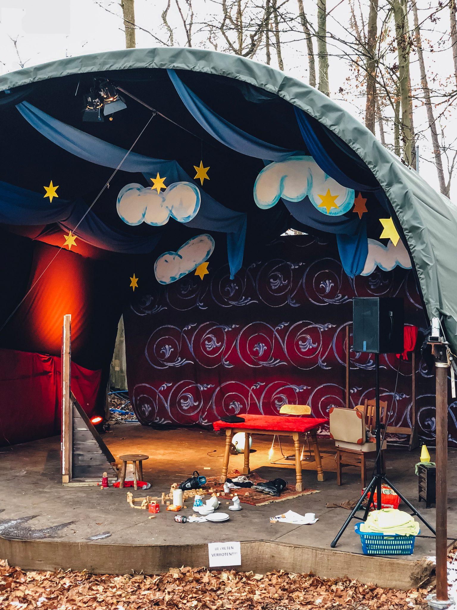 Kaltenberger Ritterturnier Märchenweihnachtsmarkt Schloss Kaltenberg Ausflugstipps für Familien - München mit Kind - Mama Blog 4