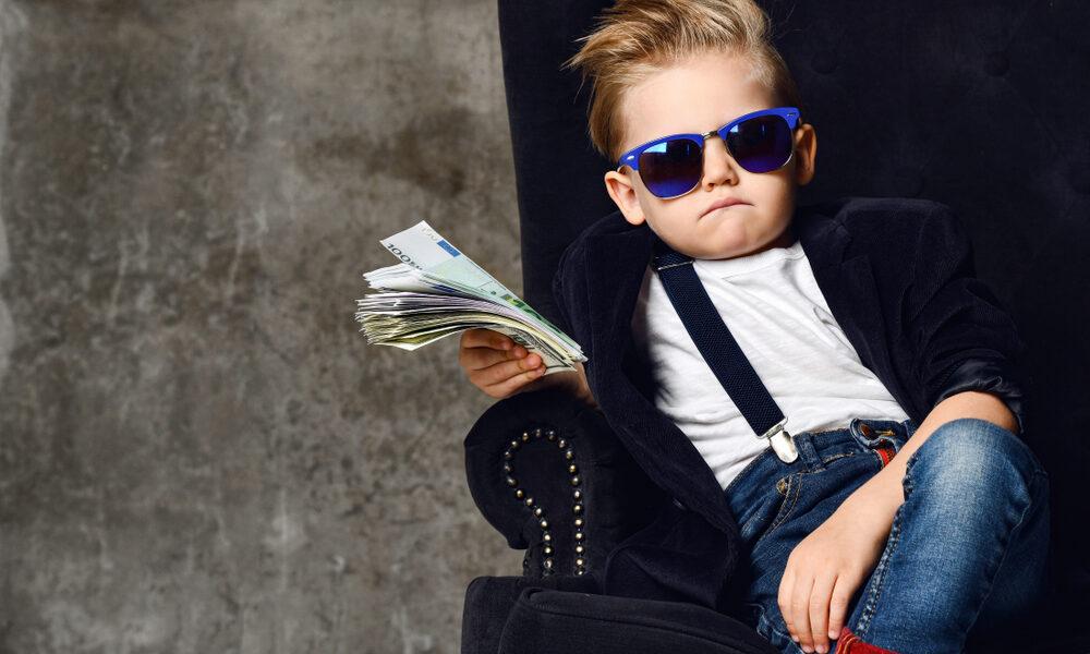 Wiedereinstieg-nach-der-Elternzeit-für-Gehaltserhöhung-nutzen-happyworkingmom-Vereinbarkeit-von-Familie-und-Beruf-New-Work-1000x600